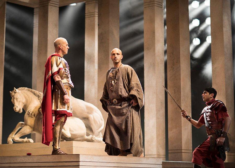RSC: Юлий Цезарь смотреть фото