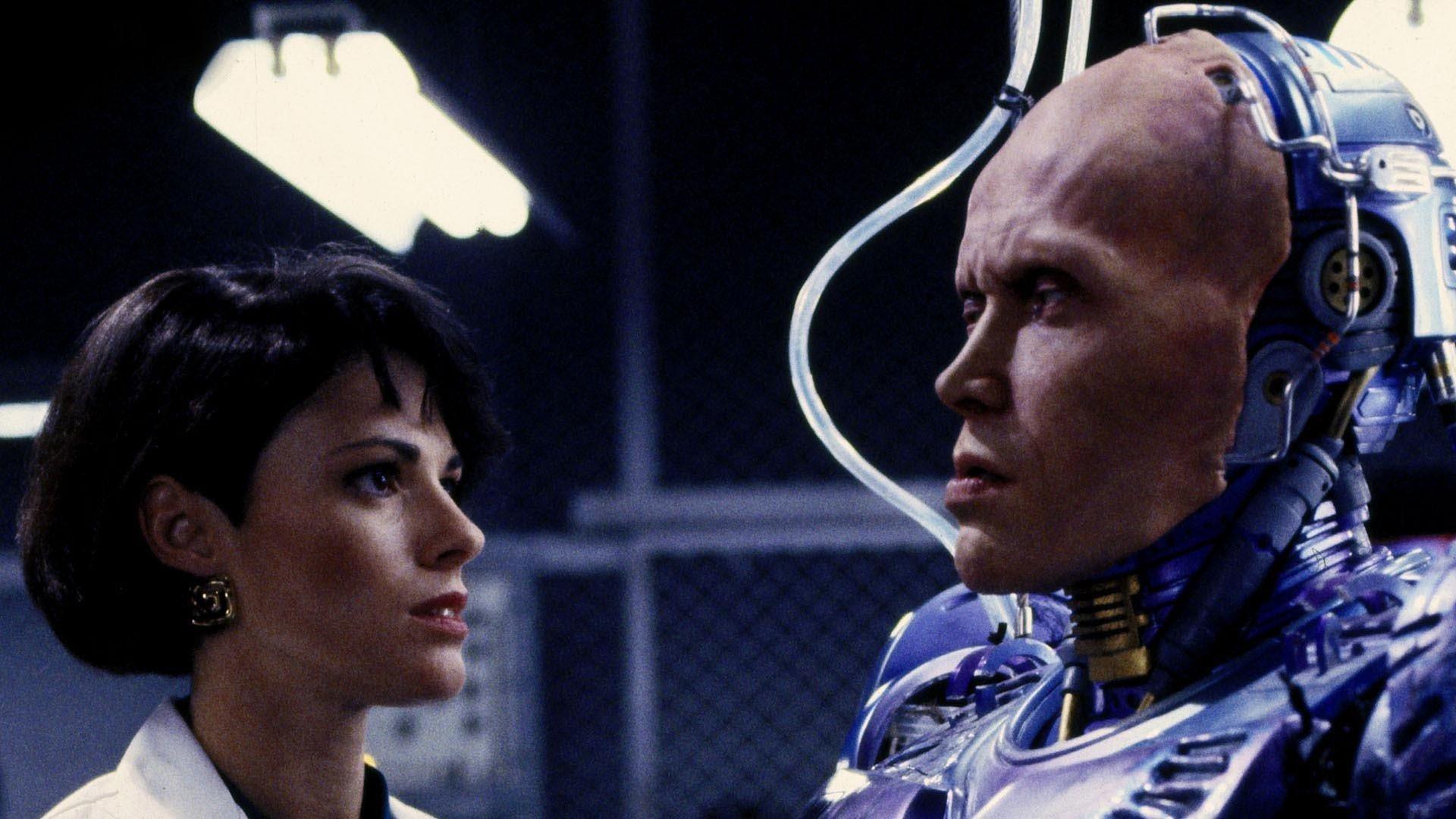 Робот-полицейский-2 смотреть фото