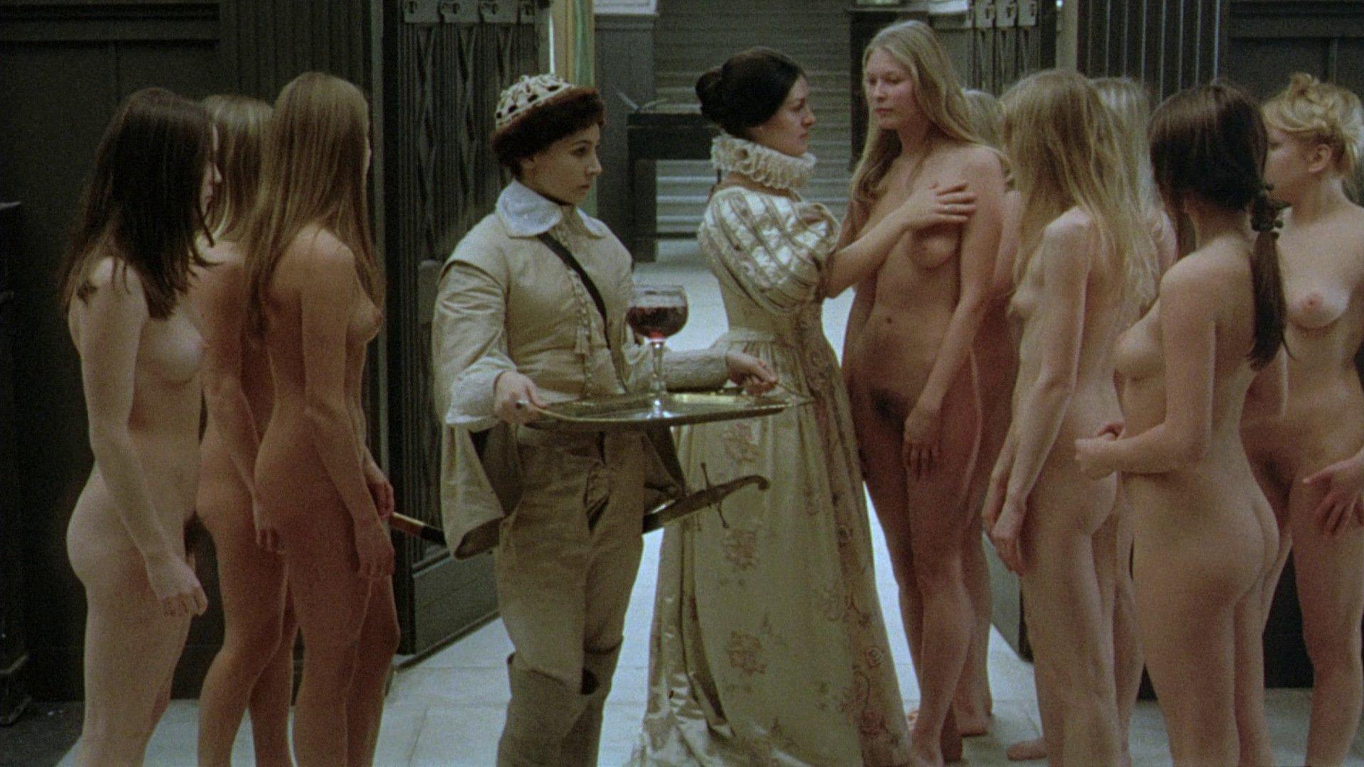 фильм про голых женщин