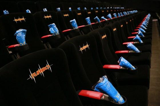 Кино в реутов парк афиша как купить билет в большой театр дешево