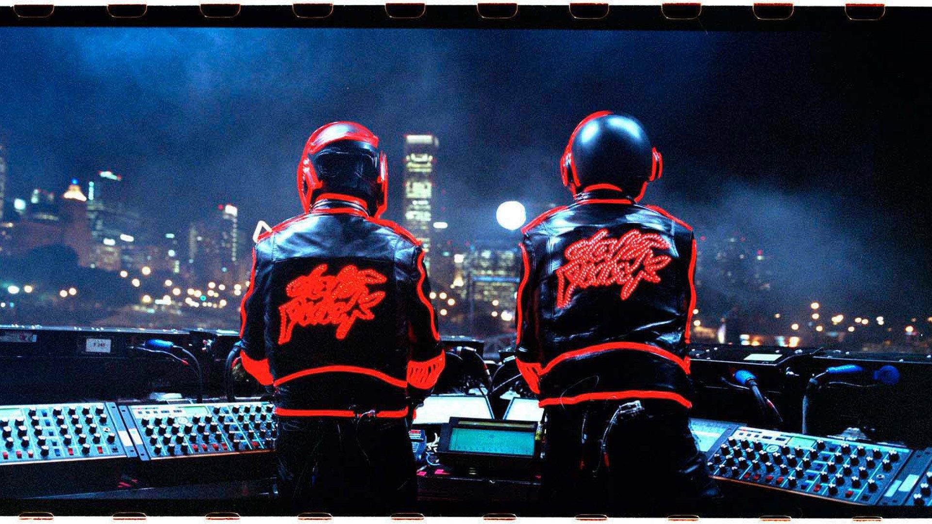 Daft Punk: Освобожденные смотреть фото