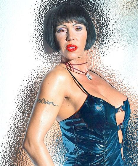 Valentina demy pussy ginger girls naked