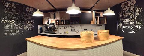 Кафе сразу после открытия