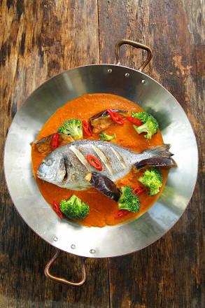Новое рыбное меню в H.A.N.D. Café