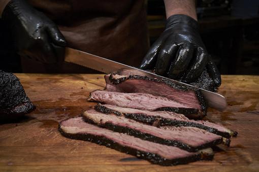 Майские праздники в Brisket BBQ продолжаются! Основная идея шеф-повара Константина Данковича - устроить для своих гостей целый месяц американских гастрономических праздников.