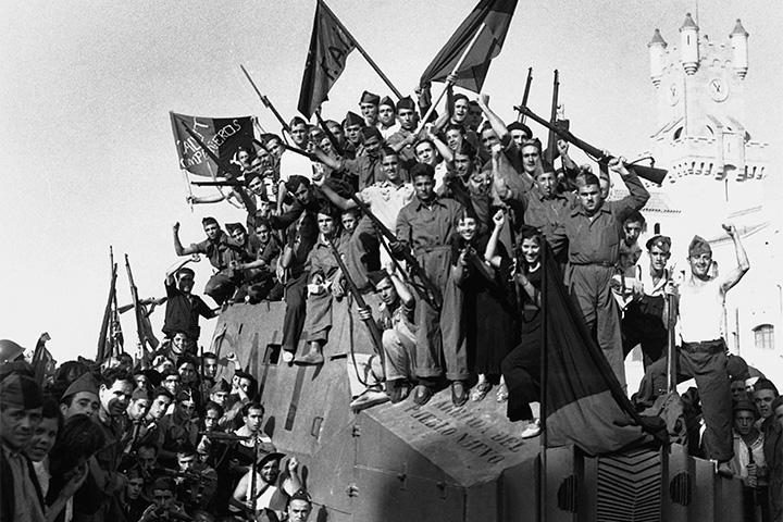 Барселонские анархисты и броневик