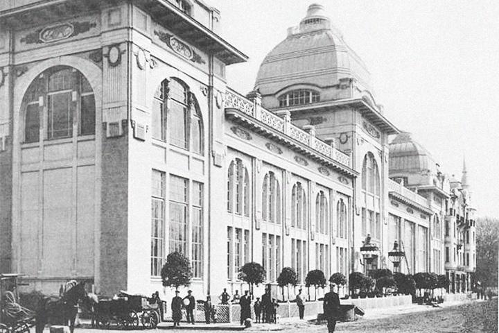 Архитектор Эрихсон построил не только «Яр» — надстройка ресторана «Прага», упомянутого в этом материале, тоже его