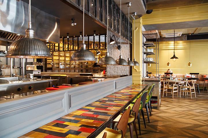 Модный ресторан Double Dutch не долго прожил – теперь в нем кормят хинкали и хачапури