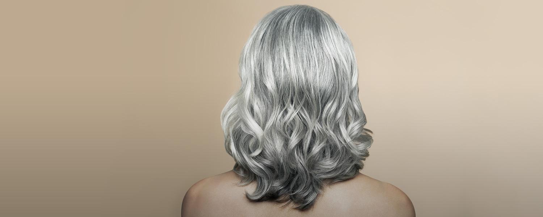 у молодой девушки седые волосы к чему приметы
