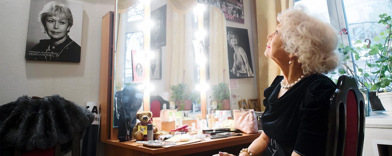 Svetlana Nemolyayeva is 75 years old 04/18/2012 56