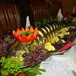 Ресторан Нар-Шараб - фотография 6 - Белый Амур фаршированный грибами.