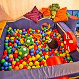 Ресторан Вгости - фотография 5 - Детская игровая