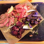 Ресторан Craft & Draft - фотография 4 - Мясная доска