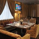 Ресторан Basilio - фотография 3 - Столик для компаний