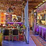 Ресторан Вгости - фотография 3 - Барная зона