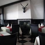 Ресторан Castle Knight - фотография 2 - Каминный зал