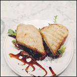 Ресторан Nude. Coffee & Wine Bar - фотография 4 - Курица терияки