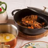 Ресторан Золотой козленок - фотография 4 - Оссобуко с полентой