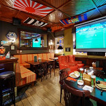 Ресторан 8th Line Pub - фотография 1 - 8th Line Pub - все самые интересные спортивные события на большом экране