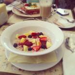 Ресторан Плюшкин - фотография 1 - Хорошие завтраки: вкусно и, достаточно, быстро)