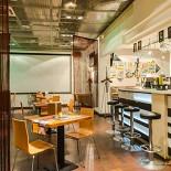 Ресторан Тарелочка чечевичного супа и один маленький, но очень хитрый сухарик - фотография 1
