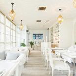 Ресторан Белый - фотография 1