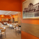 Ресторан Пельмешка - фотография 1