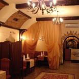 Ресторан Легенды Кавказа - фотография 2 - Общий зал ресторана