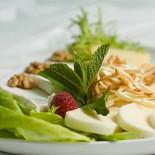 Ресторан Жажда вкуса - фотография 4 - Сырное ассорти