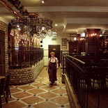 Ресторан Maximilian's - фотография 2