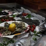Ресторан Роберто - фотография 5 - Свежайшие морепродукты.