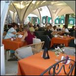 Ресторан Сад - фотография 2 - Летняя веранда