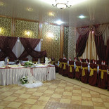 Ресторан Медео - фотография 2 - банкетный зал медео на 60 человек