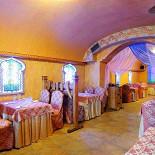 Ресторан Мархаба - фотография 5 - Большой зал