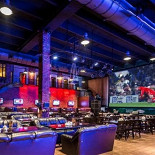 Ресторан Арена Олимп - фотография 4 - Арена Спорт - профессиональный спорт-бар. Самый большой экран в Москве. Трансляция всех основных спортивных событий.