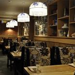 Ресторан Хоум - фотография 3 - Зал для некурящих