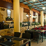 Ресторан Da Pino - фотография 4 - Зал у бара.