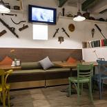 Ресторан Всякая всячина - фотография 6 - Зал