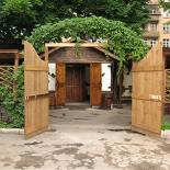 Ресторан Старая таверна  - фотография 1 - Добро пожаловать