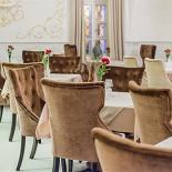 Ресторан Братья Третьяковы - фотография 2 - Малый зал с окнами на Третьяковскую Галерею. Бесплатный wifi.