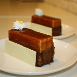 Ресторан Марципан - фотография 4 - пирожное карамель