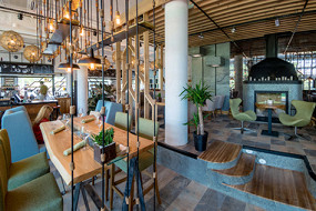 Noisy Bar & Kitchen