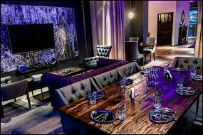 Rich Lounge