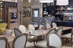 Eclair Café