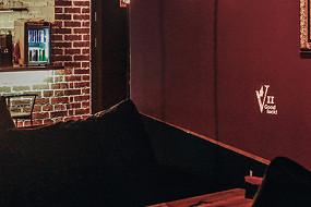 Vegas Lounge Room