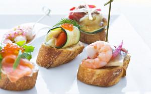 Паэлья, тортилья и тапас: где в Москве едят испанцы