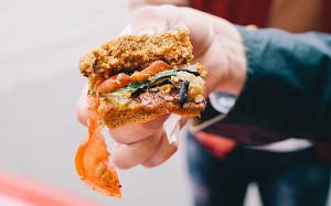 Вегетарианские бургеры в Москве: лучшие из худших