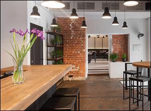 Dobro Bar & Kitchen