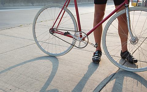 Велосипеды, мопеды, самокаты: все, что нужно знать о двухколесном транспорте