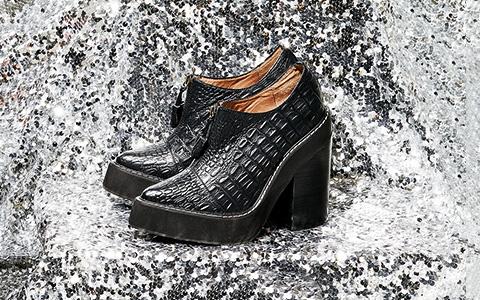 Ботинки на устойчивом каблуке и платформе